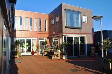 Oranjeplein 10, Stellendam