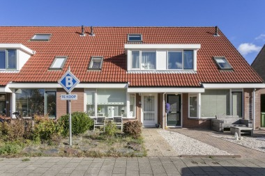 Oudenhil 9, Ouddorp