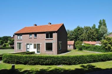 Julianaweg 2, Ouddorp