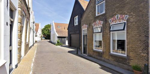 Catharinastraat 12, Goedereede
