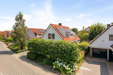 Nicolaas Beetsstraat 4, Sommelsdijk
